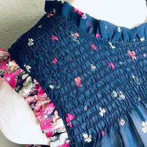 Beautiful Floral Ruffle Top XL MAURICES